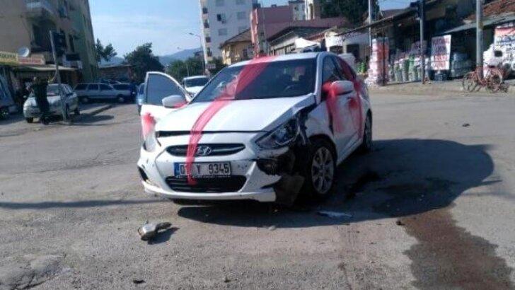 Konvoyda kaza; gelin ve 3 kişi yaralı