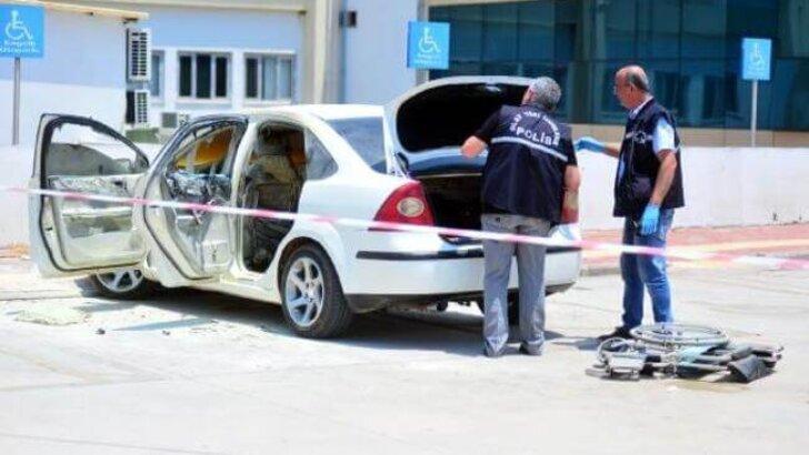 Park halindeki otomobilde bırakılan engelli genç yangında yaralandı