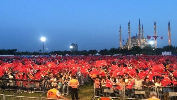 15 Temmuz Demokrasi ve Milli Birlik Gününe 35 bin Adanalı katıldı