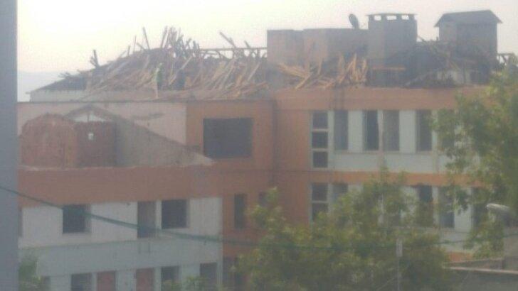 Eski Hastane binasının yıkımına başlandı