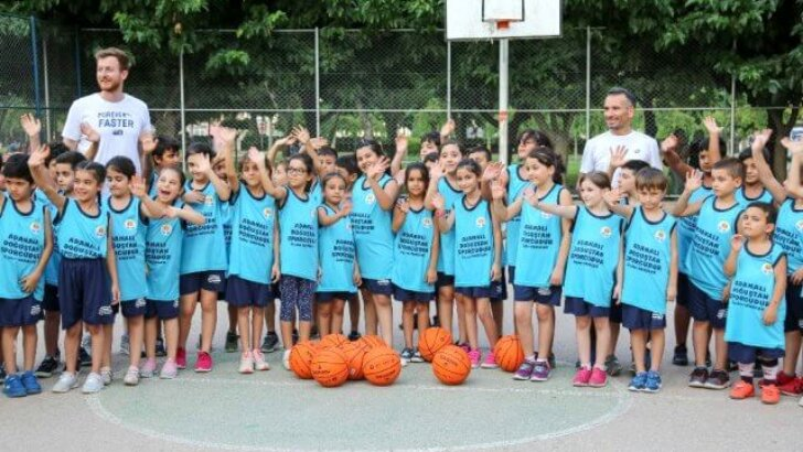 Yaz Spor Okullarına 11 bin 950 bin kişi katılıyor