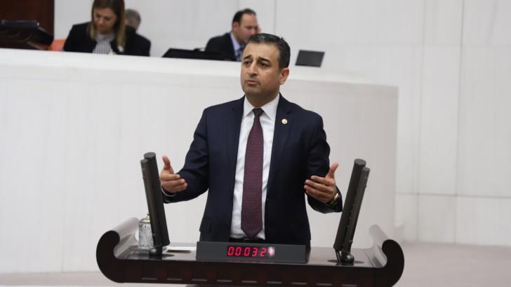 CHP'li Bulut: Okul inşaatları ödeneksizlikten mi durduruldu?