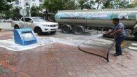 Çöp konteynerleri ilaçlı suyla yıkanıyor