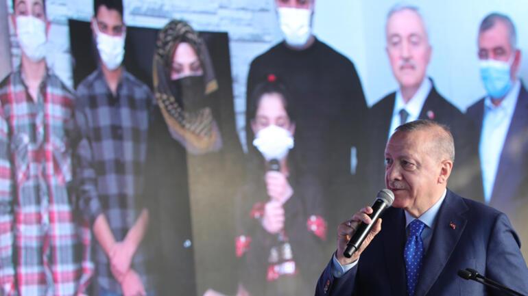 Cumhurbaşkanı Erdoğandan Elazığda deprem konutları teslim töreninde konuştu: Geri kalanları da 6 ay içinde bitireceğiz