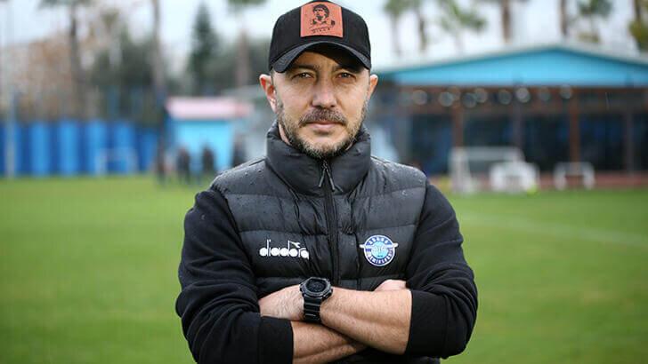 Adana Demirspor Teknik Direktörü Cüneyt Dumlupınar istifa etti