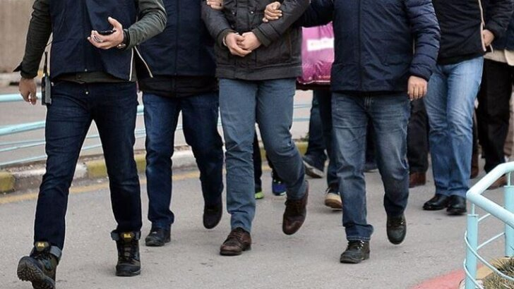 Adana Merkezli 11 ilde FETÖ/PDY'ye Yönelik Soruşturmada 13 Şüpheli Gözaltına Alındı