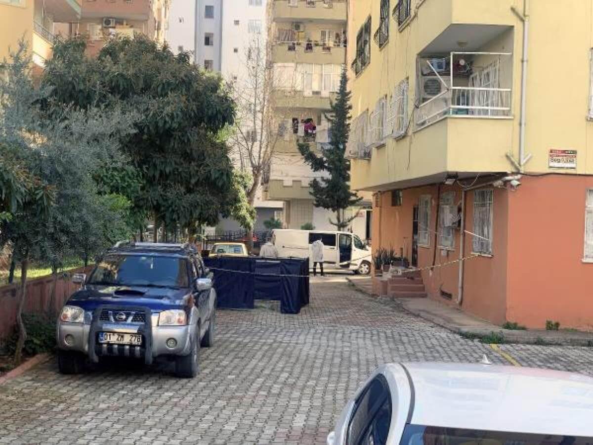 Adana'da 12'nci kattan düşen genç kız hayatını kaybetti