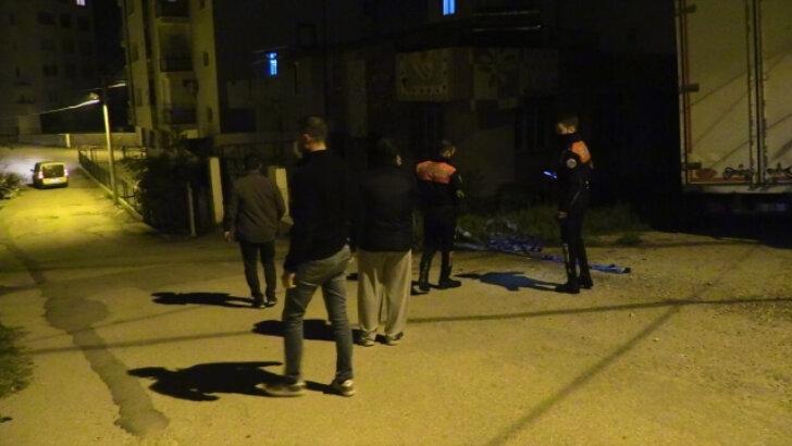 Adana'da eniştesi tarafından silahla vurulan kişi tedavi gördüğü hastanede hayatını kaybetti