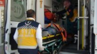 Feke'de bıçaklı kavga: 3 yaralı