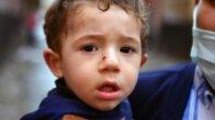 Otomobilin altında kalıp, sürüklenen İbrahim'in sadece burnu kanadı