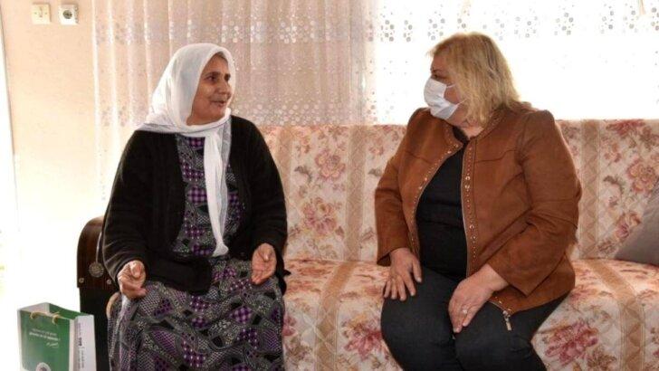 İlk kadın belediye başkanı ile ilk kadın muhtar buluştu
