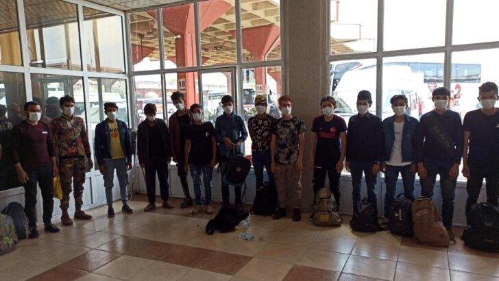 Adana'da 1 ayda 293 kaçak göçmen yakalandı