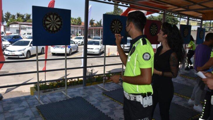 Adana'da dart turnuvası düzenlendi