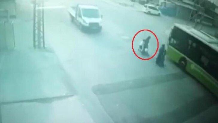 7 yaşındaki Muhammet,belediye otobüsünün altında can verdi