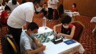 Yüreğir'de satranç turnuvasına yoğun ilgi